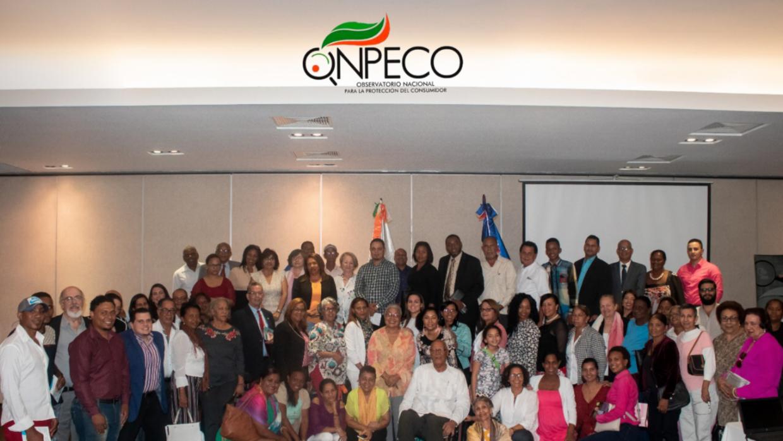 Fotos sobre el Primer Foro Nacional  sobre Consumo Responsable y Sustentable